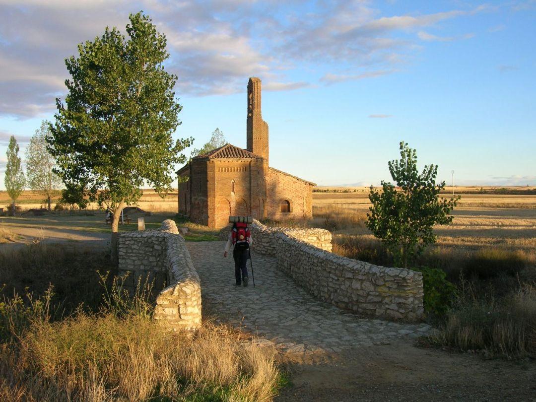 4. Ermita de la Virgen del Puente, cerca de Sahagún. Autor, Freecat