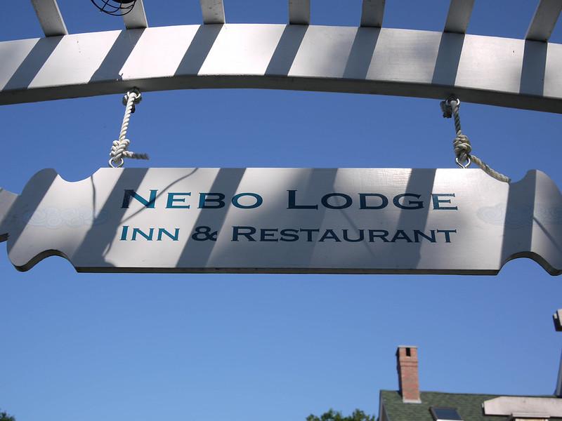 Nebo Lodge entrance