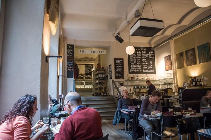 Schlemmereien in Berlin: Barcomi's Deli in Mitte