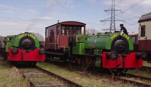 'Alfred' & 'Judy', Bagnall 0-4-0 Saddle tank engines, Swithland Sidings, Great Central Railway, 28th April 2013
