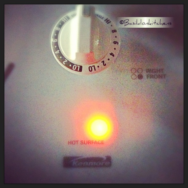 June 19 - hot! #photoaday #hot #stove #indicator #cooking