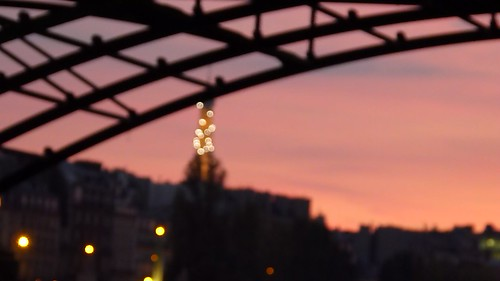 Out of Eiffel Focus