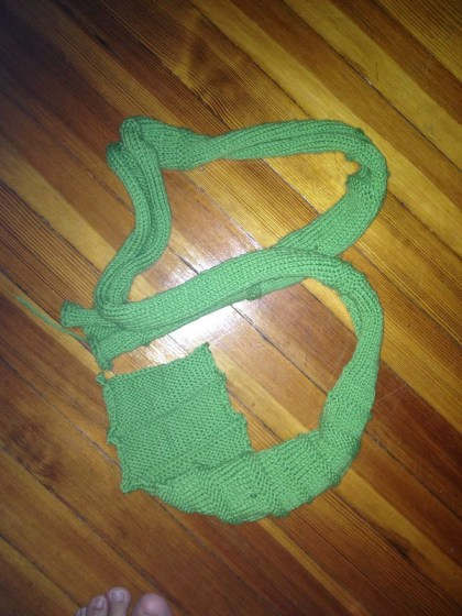 Finished: green scarf