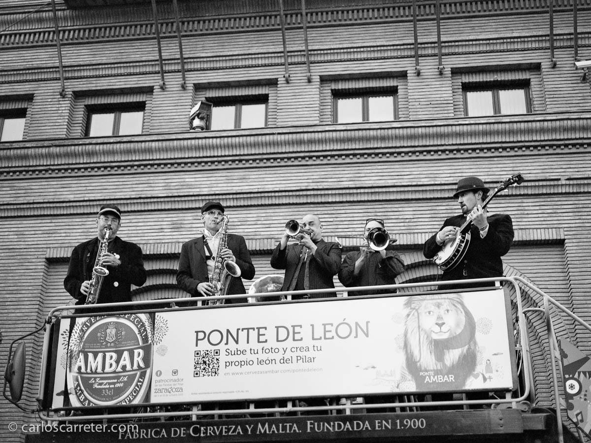 Jazz al estilo de Nueva Orleans en el ayuntamiento