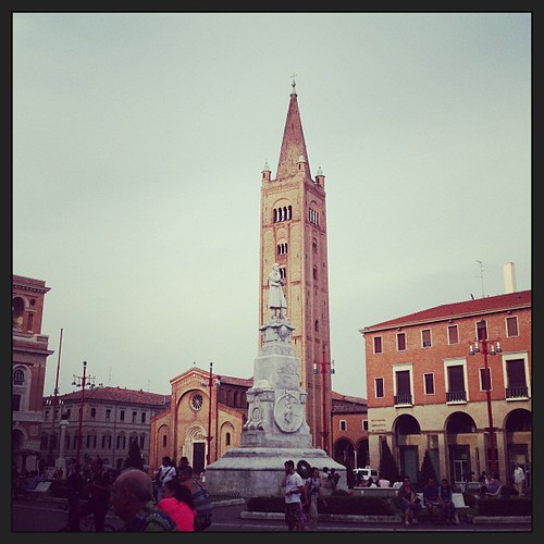 Piazza d'estate #forli #viaggioinromagna#romagna #igersemiliaromagna