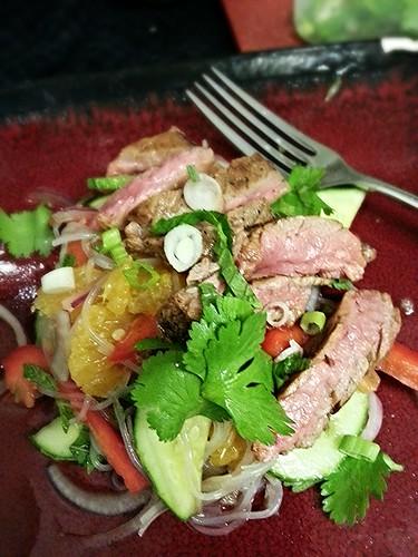 Southeast asian flank steak salad by pipsyq
