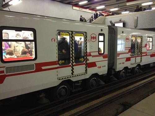Sistema de rodas do metrô é igual ao de Paris