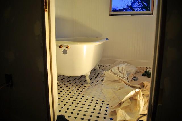 2012-02-29 Bathroom fixtures 01
