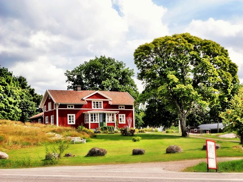 Swedish Country manor by SpatzMe