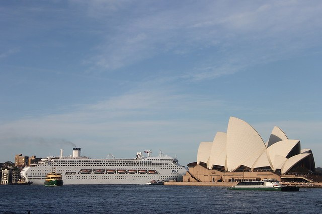 A Cruise Ship passes Sydney Opera House