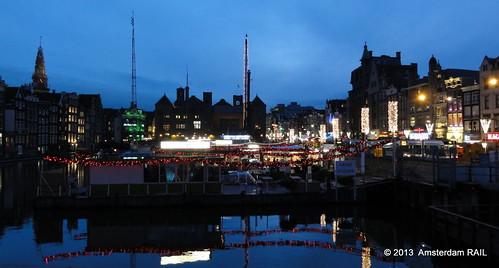 Amsterdam: Blue hour @ Damrak