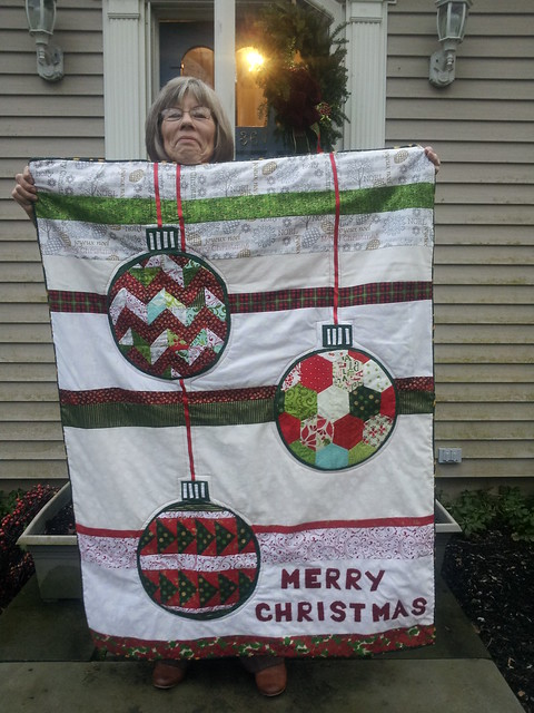 moms new Christmas quilt