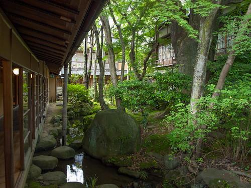 Arai Ryokan Courtyard 4
