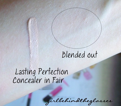 Collection Lasting Perfection Concealer swatch