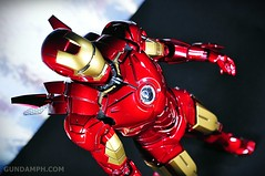 Hot Toys Iron Man 2 - Suit-Up Gantry with Mk IV Review MMS160 Unboxing - day2 (18)