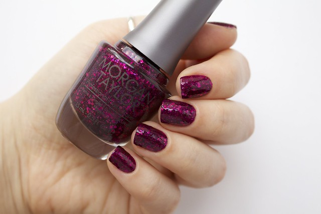 06 Morgan Taylor To Rule Or Not To Rule with topcoat