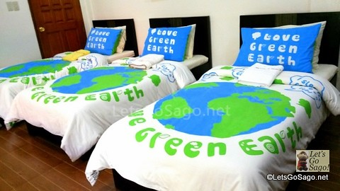 'Green Earth' themed Bed sheets and pillows