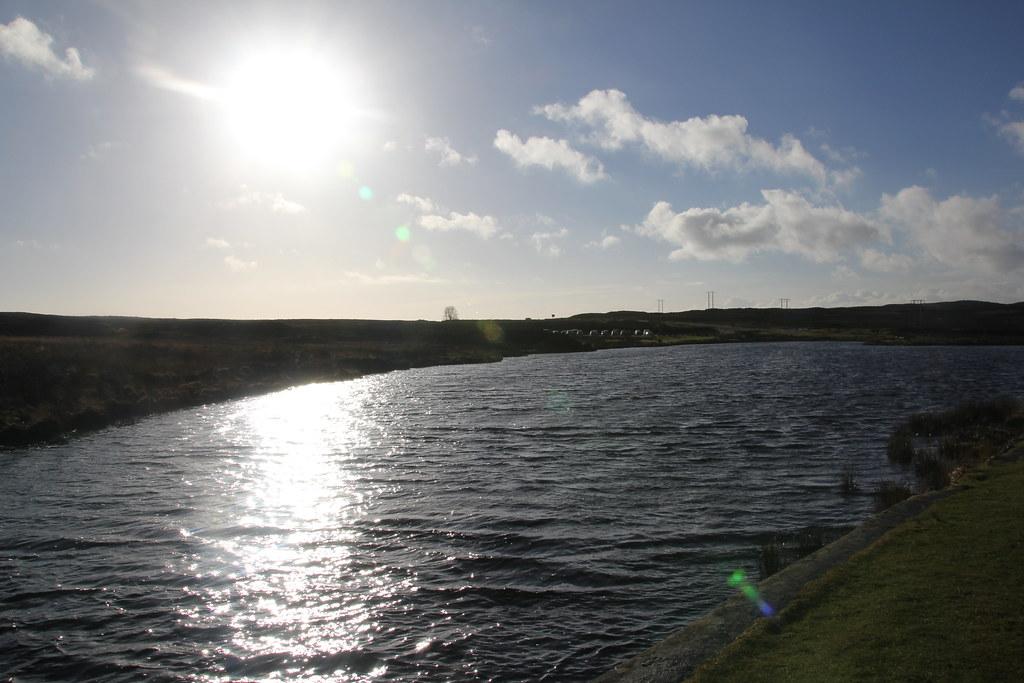 Pen-Ffordd-Goch Pond