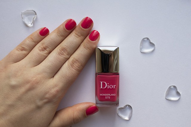 05 Dior 575 Wonderland swatches