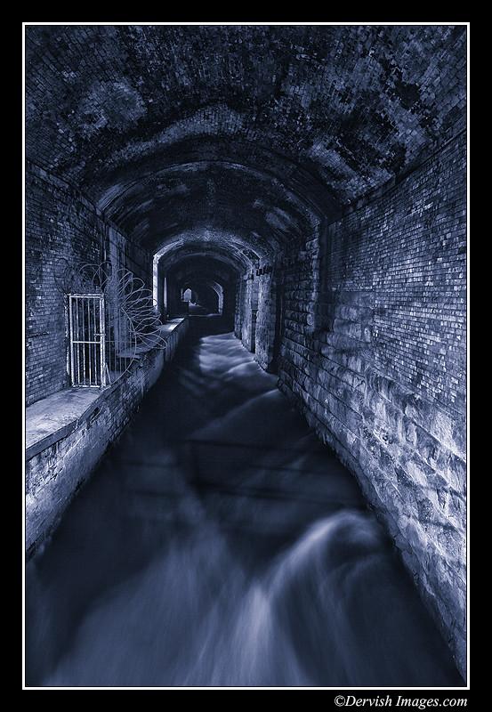 Dark Arches I