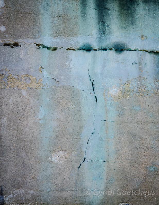 face in wall wabi sabi