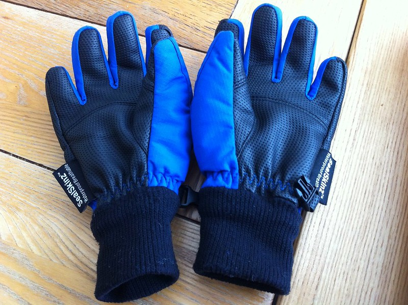 windproof kids cycling gloves - Sealskinz kids winter gloves review