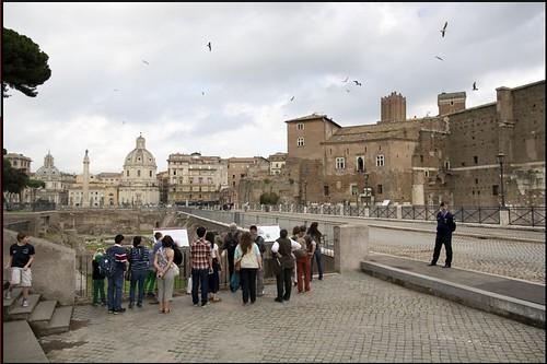 """ROMA ARCHEOLOGIA: """"STORIA DI VIA ALESSANDRINA E DEGLI SCAVI DEI FORI IMPERIALI,"""" Comune di Roma & La Repubblica (31/10/2013). by Martin G. Conde"""