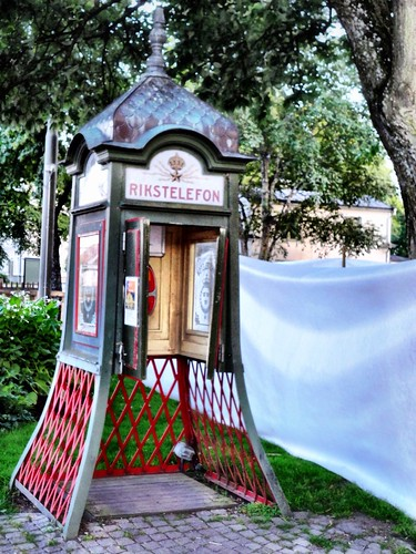 Historic phone booth by SpatzMe
