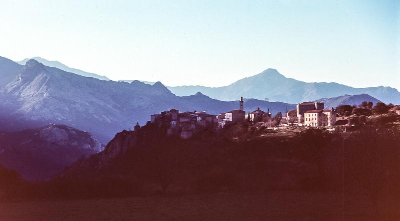 17. Montemaggiore. Alta Córcega. Autror, Jacqueline Poggi