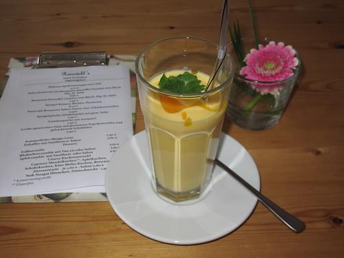 Mango-Lassi im Rosendahl's in Osnabrück