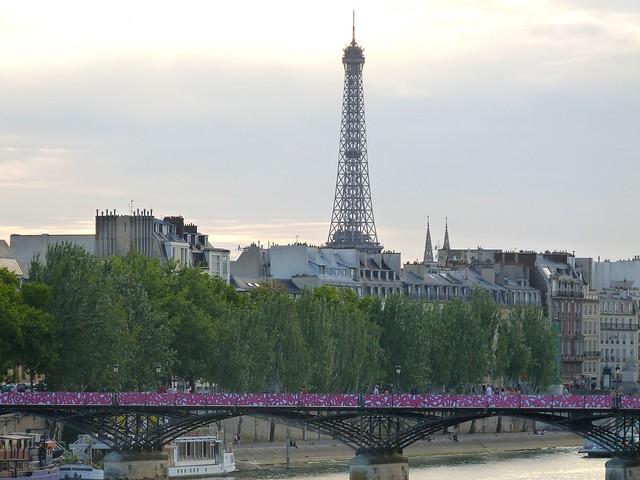 Pont Des Arts Eiffel Tower