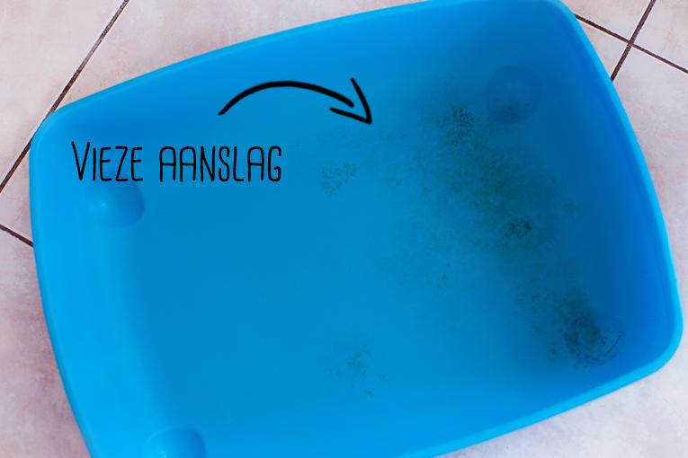 Konijnen hok/toilet schoonmaken @ foreverpetite.net