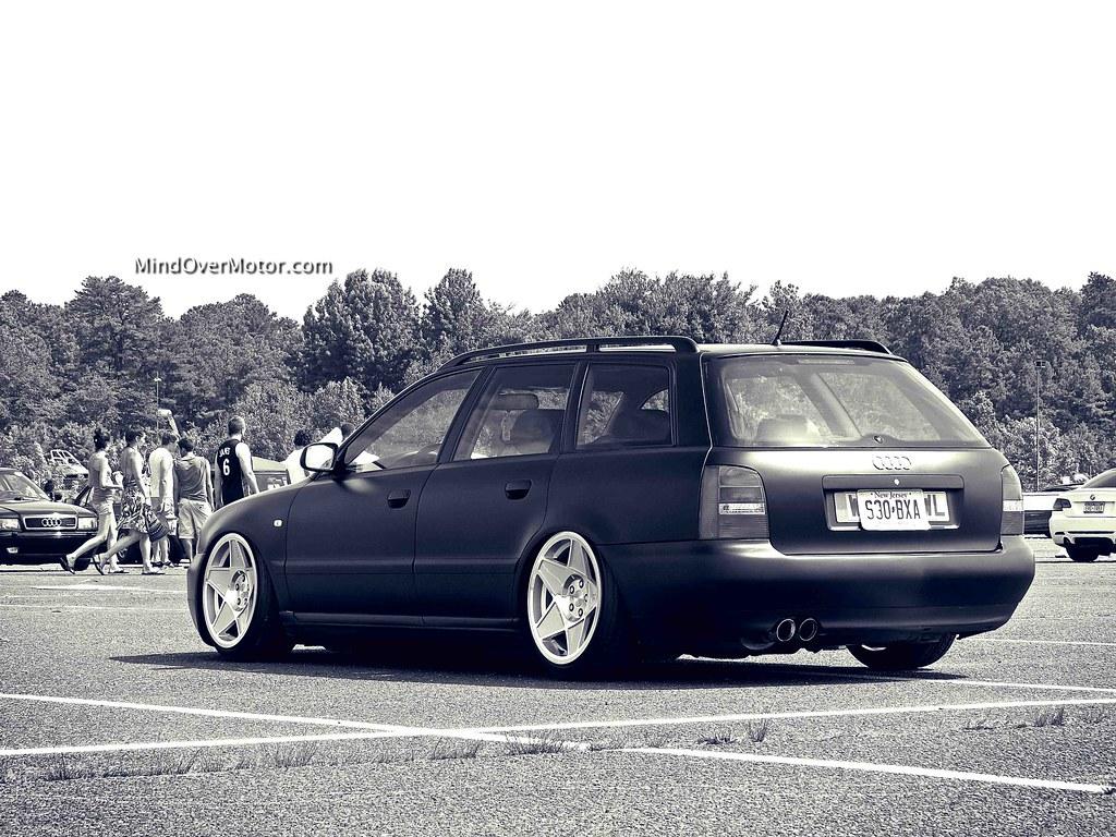 Slammed Audi A4 Avant
