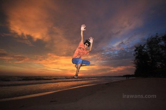 Sna, the man of Otres Beach Sunset