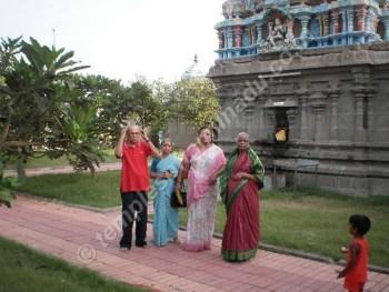 Gnayiru Gramam, Praharam