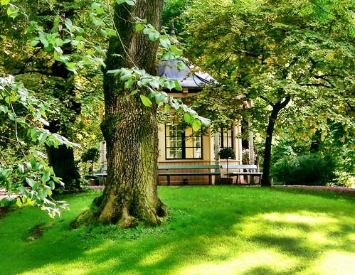 Palace park Oslo by SpatzMe