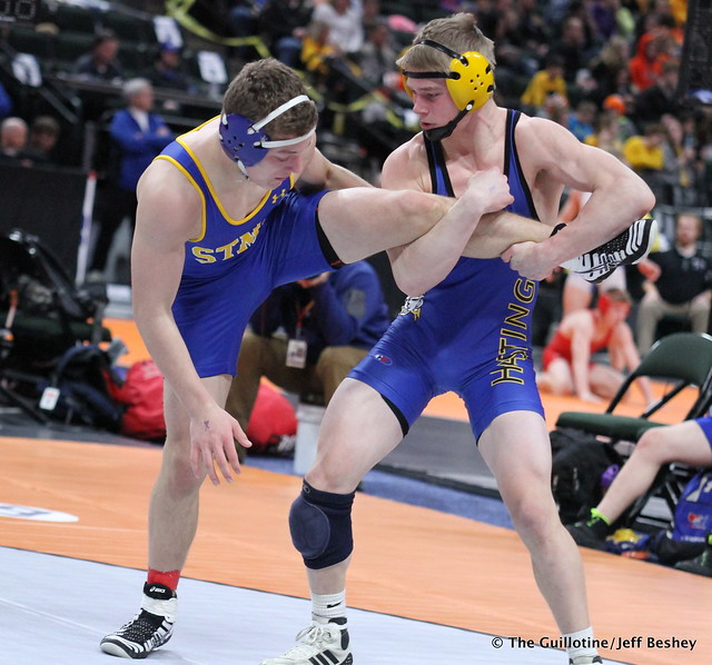 160 - TJ Pottinger (Hastings) over Wyatt Lidberg (St. Michael-Albertville) Maj 10-2