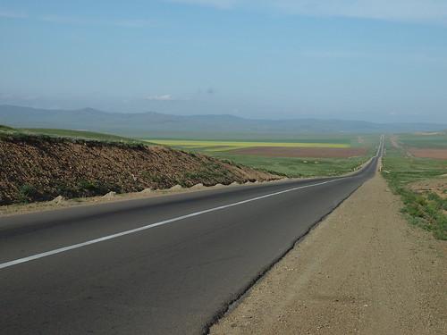 Neverending roads - Mongolia