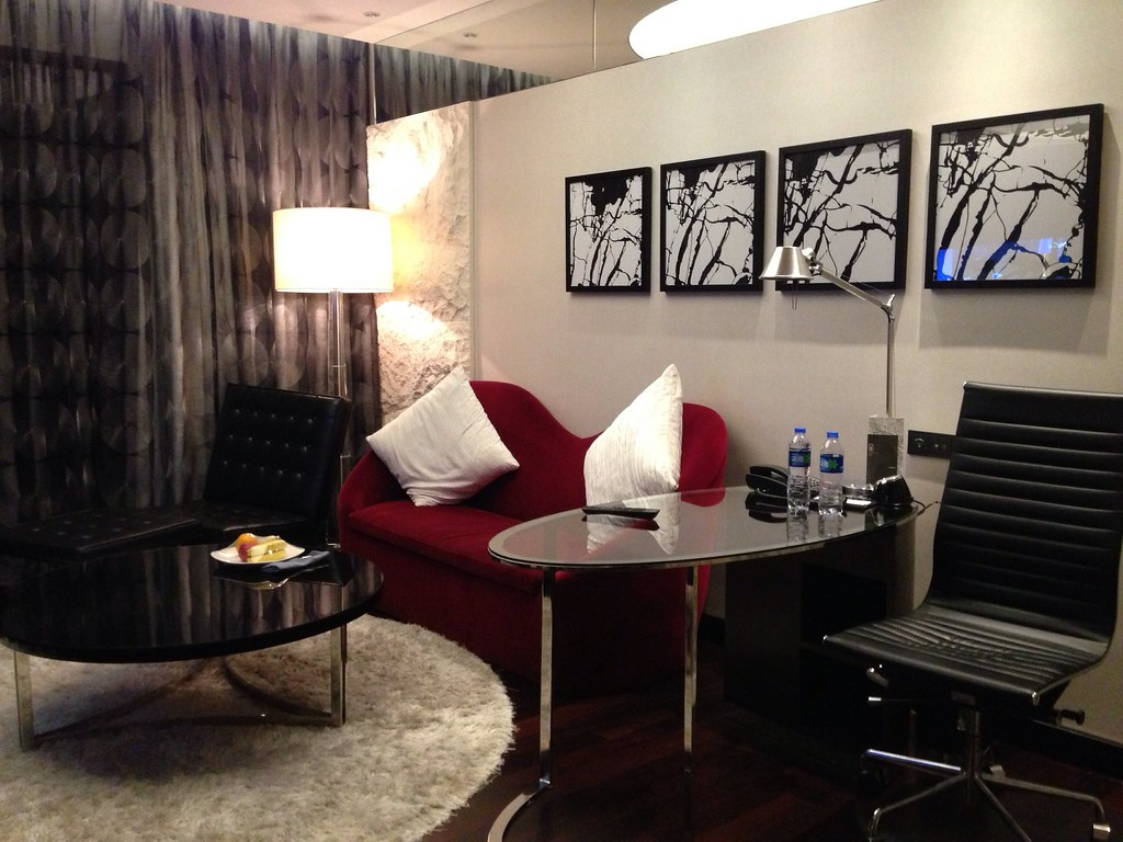 Junior Suite Couch and Work Desk
