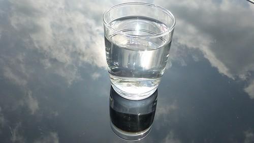 glass-475451_640