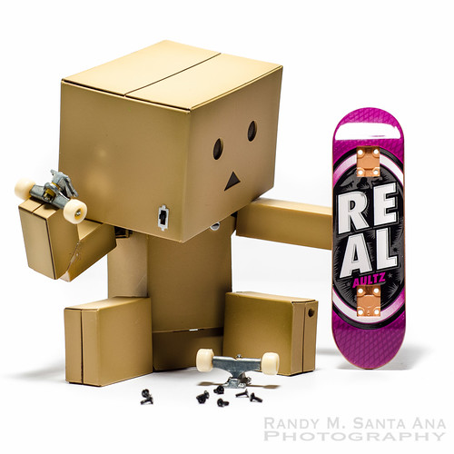Danbo Makes A Snowboard.
