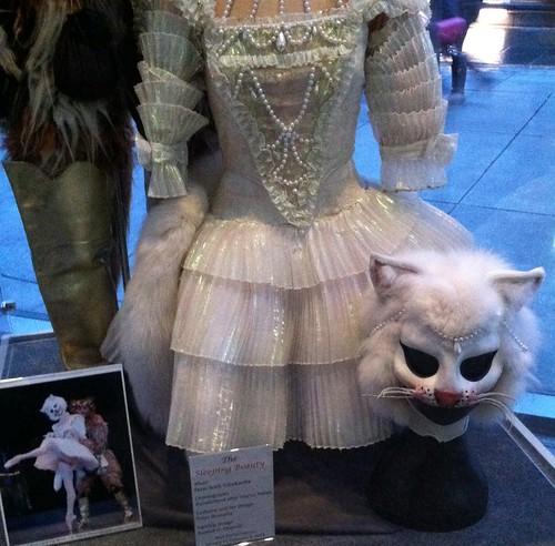 Lucy-like costume