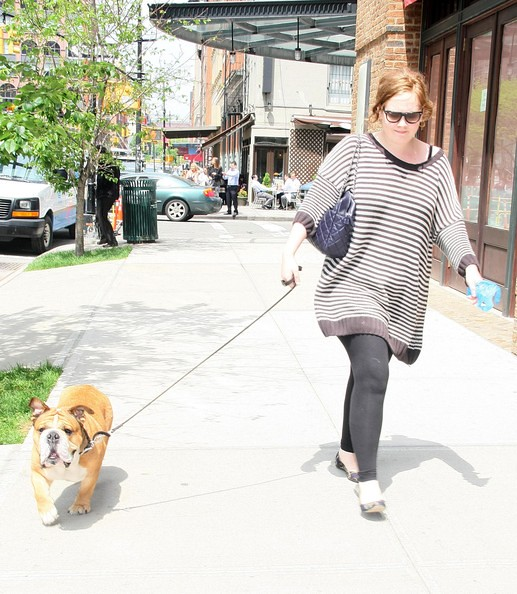 Adele+Out+Walking+Dog+New+York+SrmalYfkD1Tl