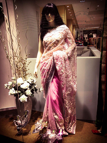 Saree's In Phoenix Market City