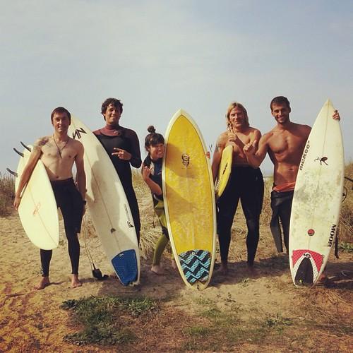 SURF DAY 2: Xago, 3-5ft 久しぶりにいい波乗ったァー!サイコー!Caught a couple good waves, made me so HAPPY!