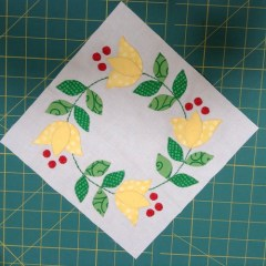 Jingle appliqué block 6
