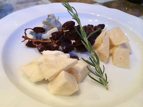 チーズの盛り合わせ@マザーアースカフェ