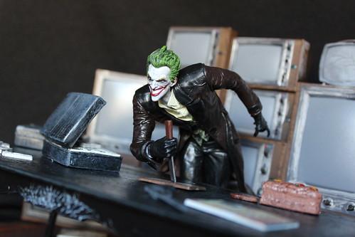 Arkham Origins Joker