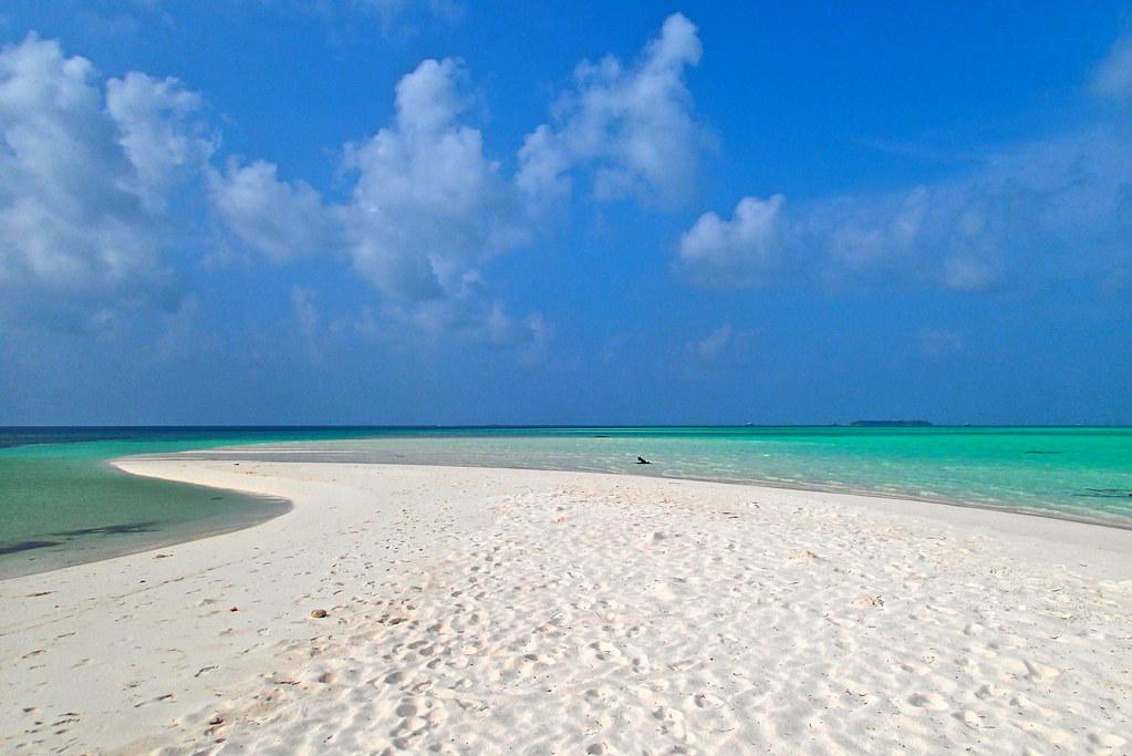 Maadhoo Finolhu picnic island
