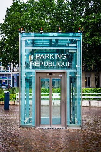 Parking Elevator, Lille, France.